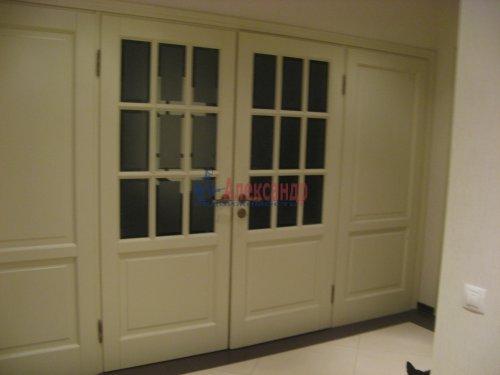 3-комнатная квартира (138м2) на продажу по адресу Пискаревский пр., 37— фото 12 из 24