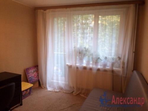 2-комнатная квартира (47м2) на продажу по адресу Славы пр., 22— фото 6 из 16