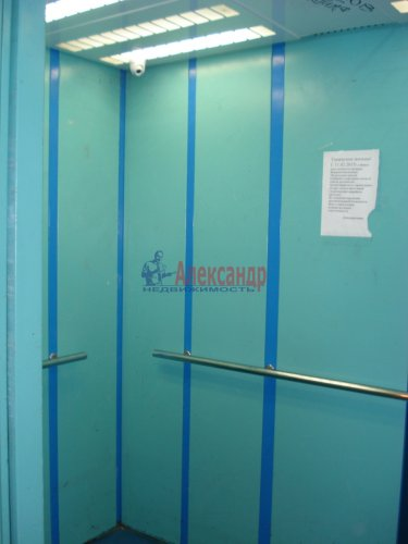1-комнатная квартира (39м2) на продажу по адресу Оптиков ул., 52— фото 5 из 24