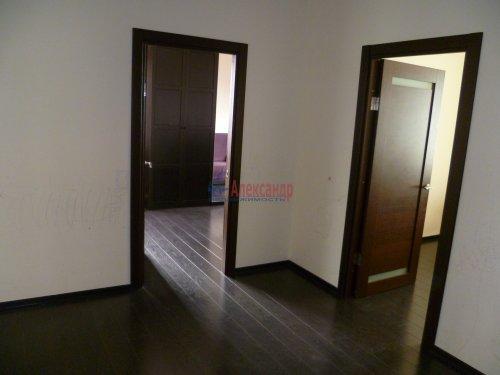 4-комнатная квартира (146м2) на продажу по адресу Кораблестроителей ул., 30— фото 8 из 25