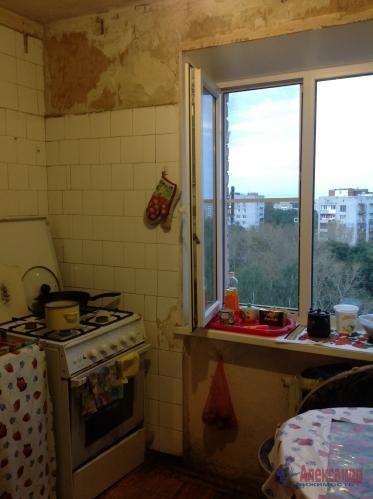 3-комнатная квартира (58м2) на продажу по адресу Красное Село г., Красногородская ул., 17— фото 8 из 9