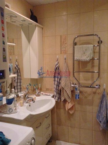 3-комнатная квартира (90м2) на продажу по адресу Комендантский пр., 16— фото 9 из 11