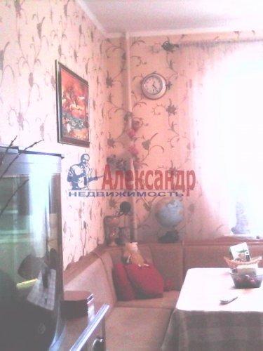 2-комнатная квартира (63м2) на продажу по адресу Тамбасова ул., 13— фото 5 из 18