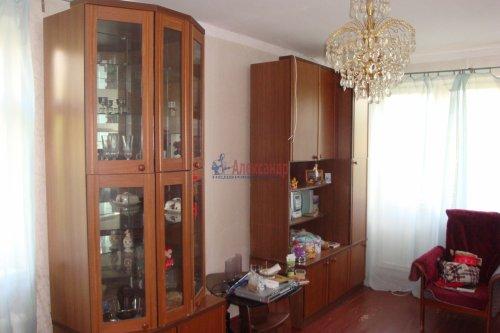 3-комнатная квартира (61м2) на продажу по адресу Кириши г., Молодежный бул., 16— фото 1 из 13