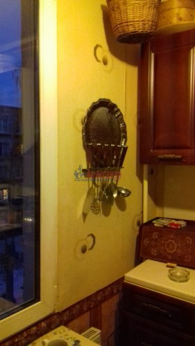 3-комнатная квартира (41м2) на продажу по адресу Ветеранов пр., 10— фото 10 из 15