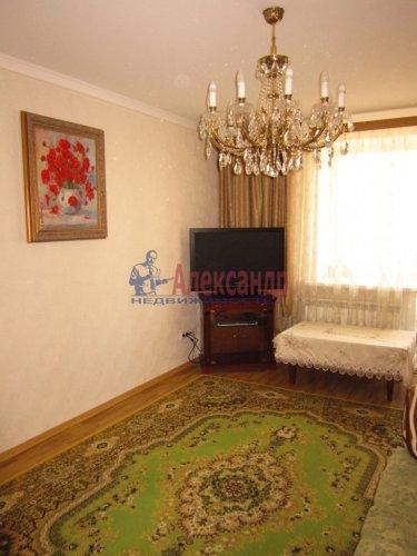 2-комнатная квартира (69м2) на продажу по адресу Ленинский пр., 84— фото 3 из 8