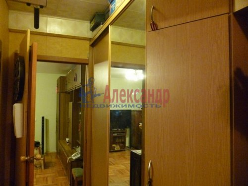2-комнатная квартира (48м2) на продажу по адресу Всеволожск г., Плоткина ул., 15— фото 3 из 12