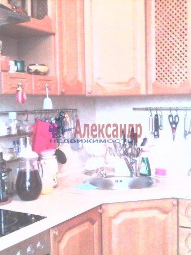2-комнатная квартира (63м2) на продажу по адресу Тамбасова ул., 13— фото 7 из 18