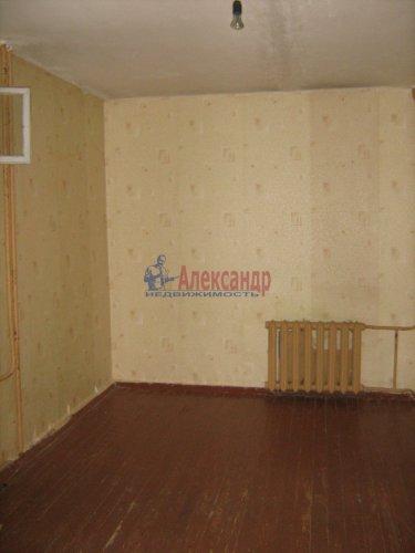 3-комнатная квартира (74м2) на продажу по адресу Кириши г., Строителей ул., 16— фото 7 из 12