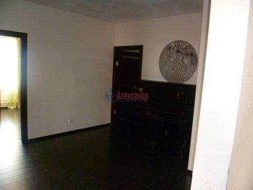 4-комнатная квартира (146м2) на продажу по адресу Кораблестроителей ул., 30— фото 9 из 25