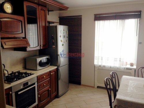 2-комнатная квартира (59м2) на продажу по адресу Шушары пос., Первомайская ул., 17— фото 1 из 11