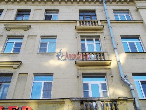4-комнатная квартира (91м2) на продажу по адресу Стахановцев ул., 7— фото 2 из 9