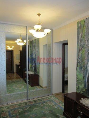 2-комнатная квартира (69м2) на продажу по адресу Ленинский пр., 84— фото 1 из 8