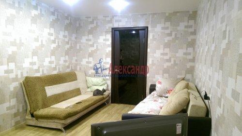 3-комнатная квартира (69м2) на продажу по адресу Энгельса пр., 123— фото 2 из 6