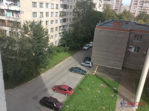 2-комнатная квартира (51м2) на продажу по адресу Подвойского ул., 24— фото 3 из 16