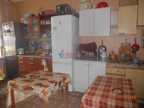 Комната в 5-комнатной квартире (198м2) на продажу по адресу Курская ул., 13— фото 5 из 13