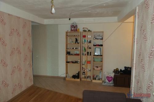 3-комнатная квартира (57м2) на продажу по адресу Народного Ополчения пр., 227— фото 3 из 18