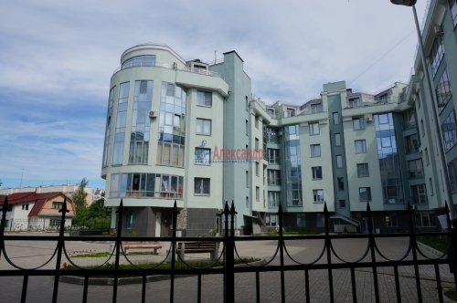 1-комнатная квартира (42м2) на продажу по адресу Пушкин г., Ленинградская ул., 46— фото 4 из 5