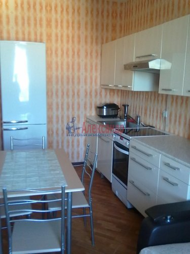3-комнатная квартира (100м2) на продажу по адресу Парашютная ул., 54— фото 2 из 15