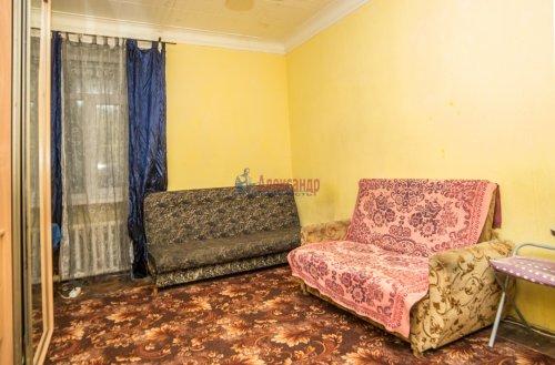 Комната в 10-комнатной квартире (285м2) на продажу по адресу Савушкина ул., 80— фото 3 из 7