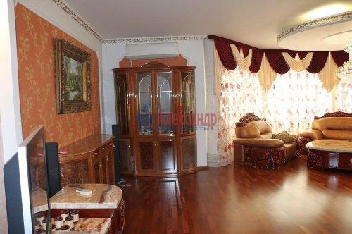 3-комнатная квартира (139м2) на продажу по адресу Воскресенская наб., 4— фото 5 из 11