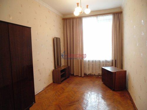 2-комнатная квартира (54м2) на продажу по адресу Песочный пос., Ленинградская ул., 44— фото 2 из 15