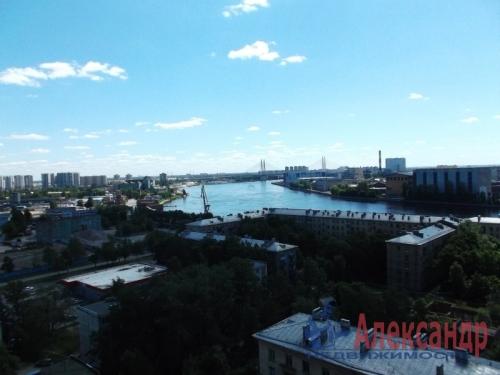 2-комнатная квартира (73м2) на продажу по адресу Большевиков пр., 79— фото 9 из 20