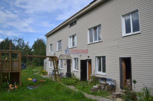 2-комнатная квартира (65м2) на продажу по адресу Володарский пос., Трудовая ул., 17— фото 8 из 19