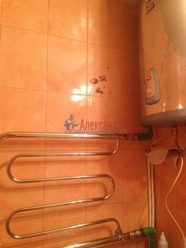 2-комнатная квартира (77м2) на продажу по адресу Кондратьевский пр., 62/3— фото 12 из 15