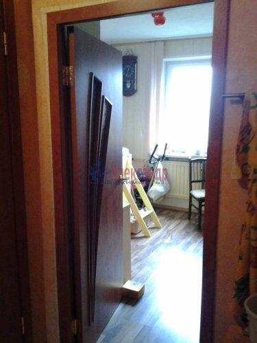 3-комнатная квартира (80м2) на продажу по адресу Комендантский пр., 40— фото 5 из 8