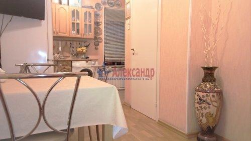 1-комнатная квартира (50м2) на продажу по адресу 10 линия В.О., 43— фото 8 из 15