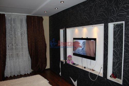 3-комнатная квартира (68м2) на продажу по адресу Ленинское пос.— фото 1 из 13