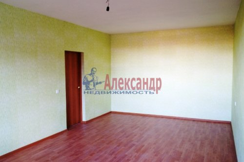 1-комнатная квартира (38м2) на продажу по адресу Мурино пос., Шоссе в Лаврики ул., 83— фото 3 из 5