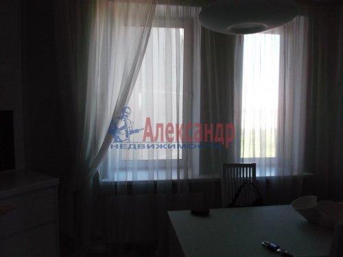 2-комнатная квартира (73м2) на продажу по адресу Большевиков пр., 79— фото 14 из 20