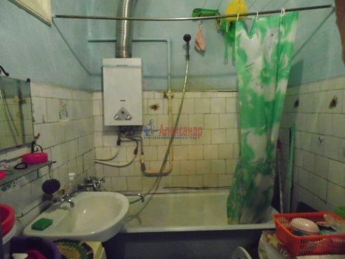 Комната в 4-комнатной квартире (115м2) на продажу по адресу Октябрьская наб., 24— фото 5 из 9