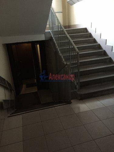 3-комнатная квартира (68м2) на продажу по адресу Школьная ул., 104— фото 2 из 8