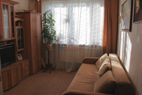 3-комнатная квартира (63м2) на продажу по адресу Олеко Дундича ул., 19— фото 4 из 5