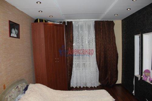 3-комнатная квартира (68м2) на продажу по адресу Ленинское пос.— фото 2 из 13