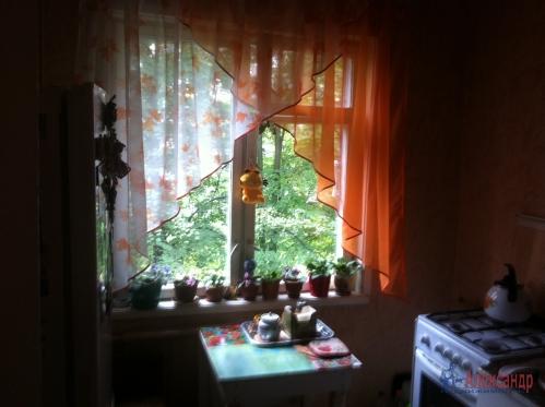 2-комнатная квартира (45м2) на продажу по адресу Маршала Блюхера пр., 63— фото 6 из 10