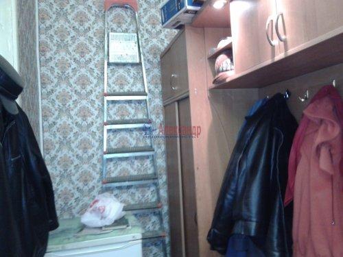 2-комнатная квартира (43м2) на продажу по адресу Кузнечное пгт., Молодежная ул., 8— фото 10 из 10