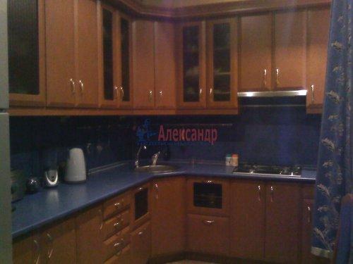 3-комнатная квартира (74м2) на продажу по адресу Волхов г., Чайковского бул., 3— фото 2 из 5