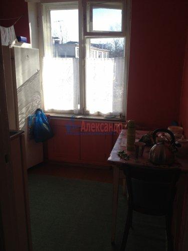 2-комнатная квартира (42м2) на продажу по адресу Кириши г., Ленина пр., 10— фото 3 из 7