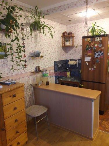 Комната в 8-комнатной квартире (196м2) на продажу по адресу Демьяна Бедного ул., 29— фото 6 из 12