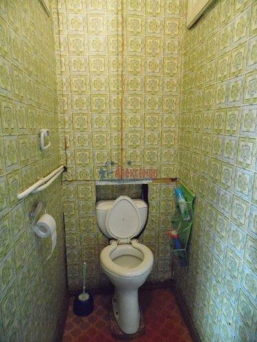 Комната в 4-комнатной квартире (115м2) на продажу по адресу Октябрьская наб., 24— фото 6 из 9
