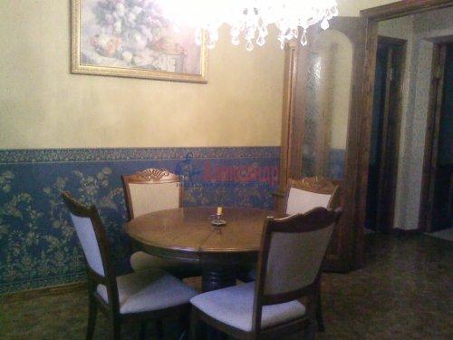 3-комнатная квартира (74м2) на продажу по адресу Волхов г., Чайковского бул., 3— фото 3 из 5