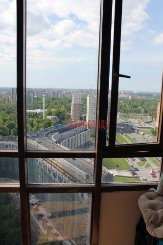 1-комнатная квартира (36м2) на продажу по адресу Есенина ул., 1— фото 3 из 24