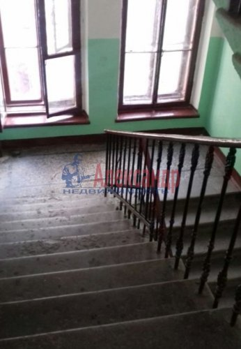 Комната в 4-комнатной квартире (110м2) на продажу по адресу Лермонтовский пр., 30— фото 3 из 4