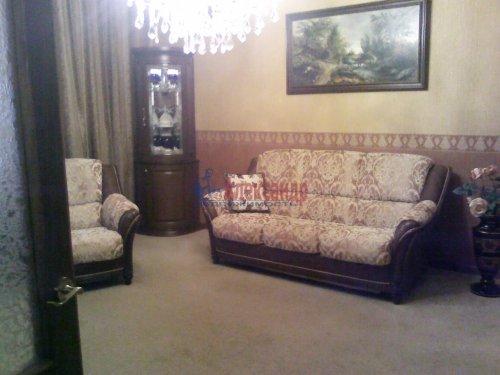 3-комнатная квартира (74м2) на продажу по адресу Волхов г., Чайковского бул., 3— фото 1 из 5