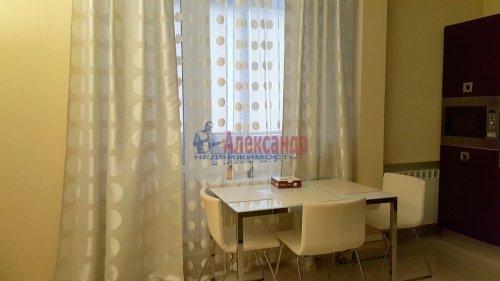 2-комнатная квартира (91м2) на продажу по адресу Пулковская ул., 2— фото 2 из 10