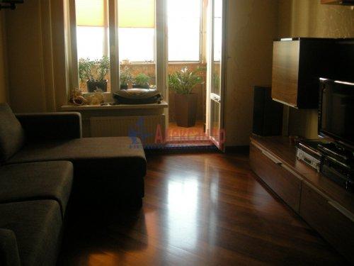 2-комнатная квартира (77м2) на продажу по адресу Луначарского пр., 15— фото 4 из 10
